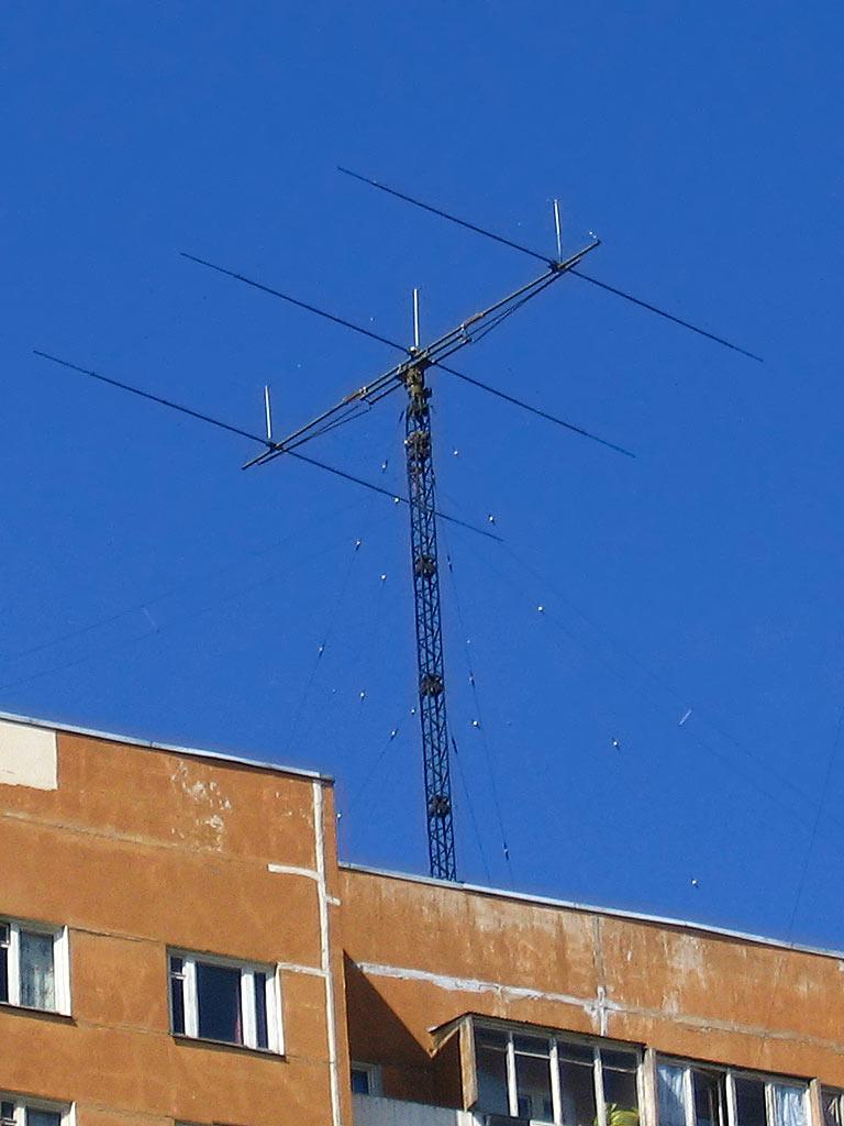 Мачты и КВ антенны