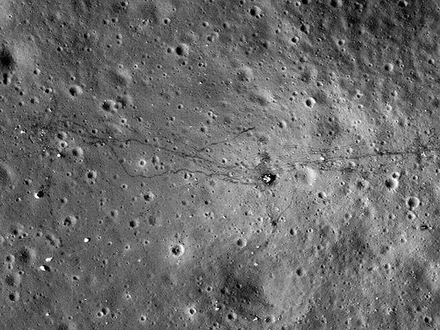 http://www.radioscanner.ru/uploader/2015/usa_moon.jpeg