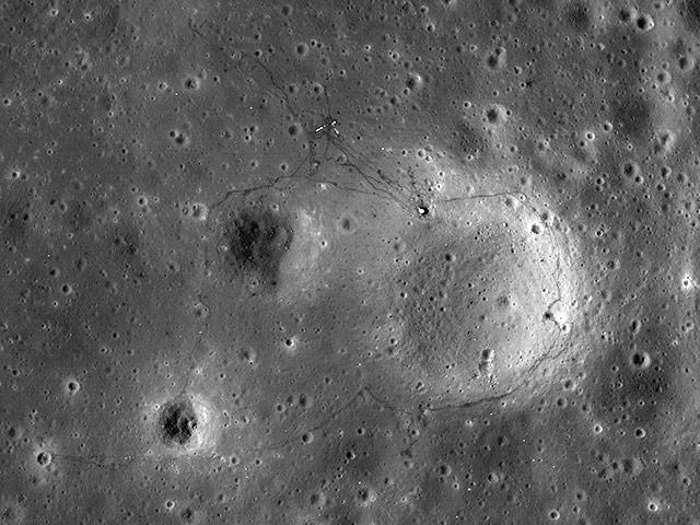 http://www.radioscanner.ru/uploader/2015/usa_moon3.jpeg